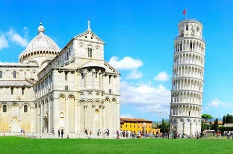 Visit Leaning Tower of Pisa on a guided tour