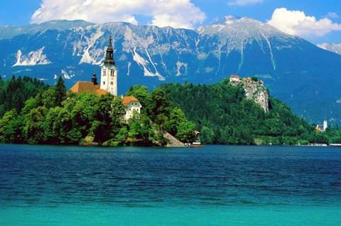 Visit Lake Bled on guided tour to Slovenia