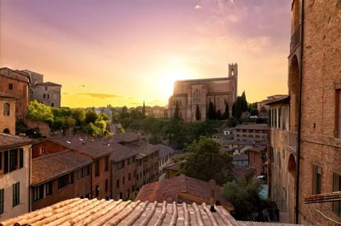 Explore Historical Town Of Siena With San Domenico Tuscany
