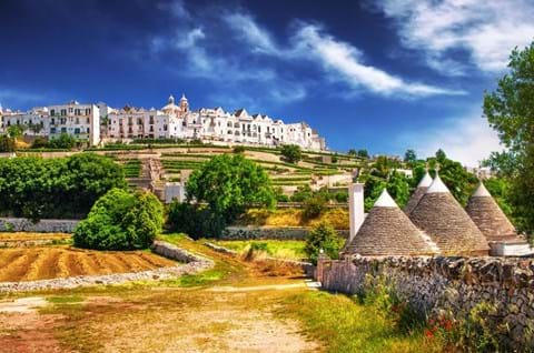 Visit Locorotondo on Puglia holiday