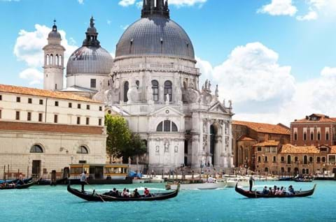 Visit Venice on a multi-centre holiday