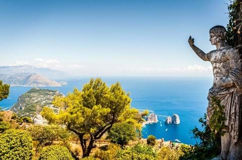 Guided holidays to Sorrento
