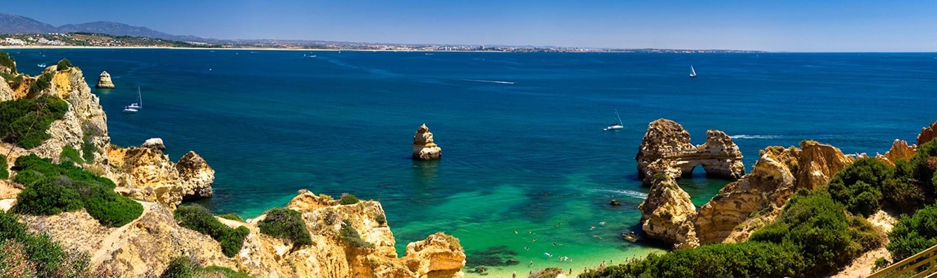 Travel-to-Portugal-on-a-package-holiday