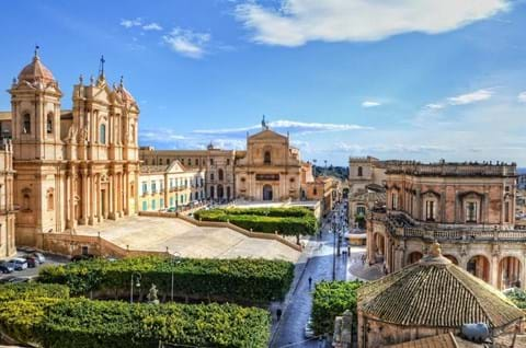 See the best of Sicily on an escorted holiday