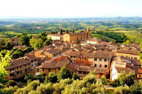 Experience Christmas In Tuscany On A Guided Holiday
